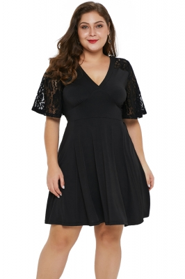 Black Short Sleeve Lace Patchwork Plus Size Skater Dress